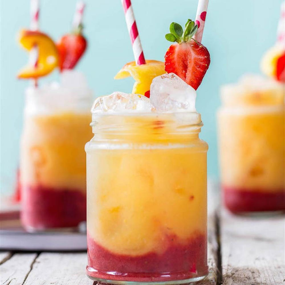 5 Special Cocktails You Can Enjoy At Summer Parties